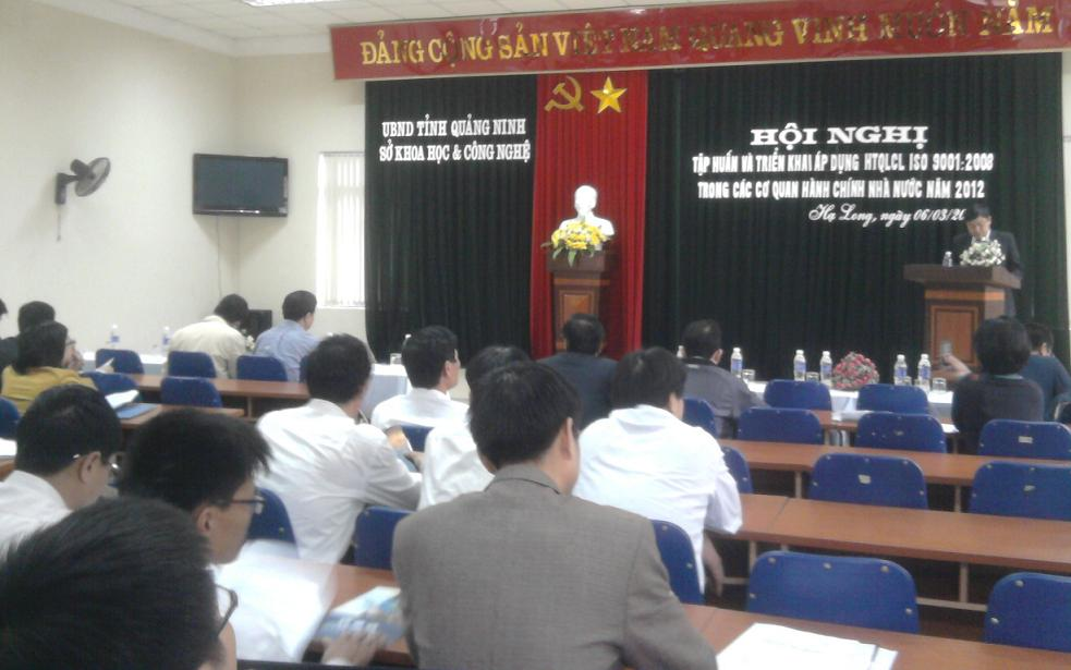 Triển khai áp dụng HTQLCL ISO 9001:2008 vào HCNN tỉnh Quảng Ninh năm 2012