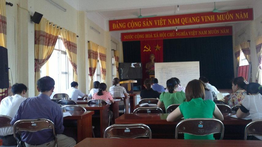 Tập huấn nhận thức HTQLCL ISO 9001:2008 tại UBND phường Long Biên