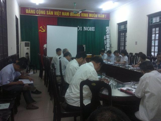 Tập huấn nhận thức HTQLCL ISO 9001:2008 tại UBND phường Phúc Đồng