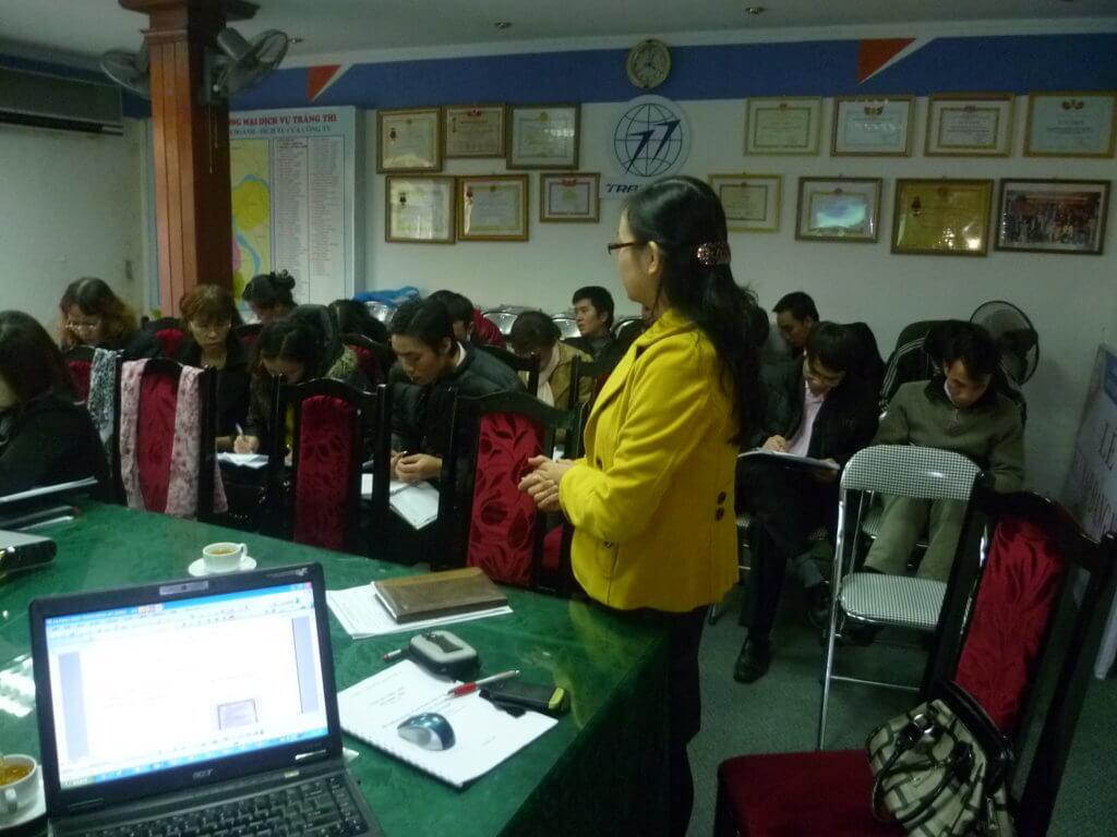 Tập huấn ĐGNB HTQL ATTP ISO 22000:2005 tại Trung tâm TM và DV Bốn Mùa