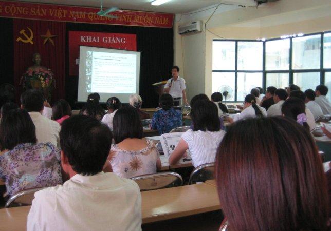 Bồi dưỡng nâng cao kiến thức Hệ thống QLCL ISO 9001:2008 tại UBND quận Hoàng Mai