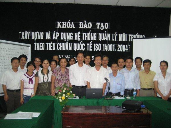 Khóa đào tạo tập trung xây dựng và áp dụng tiêu chuẩn ISO 14001:2004 năm 2009