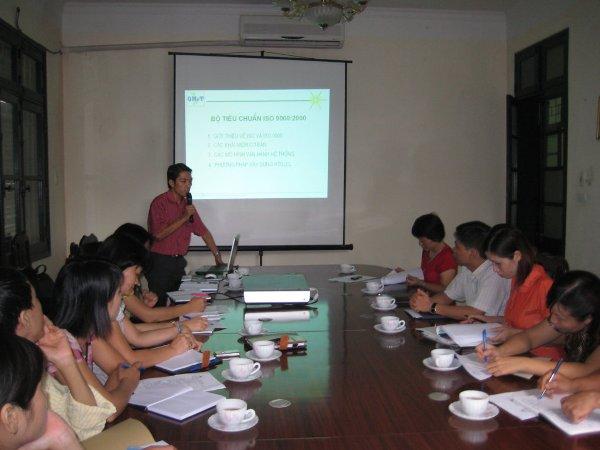 Tập huấn nhận thức HTQLCL ISO 9001:2008 tại Chi cục Dân số KHH Gia đình Hà Nội