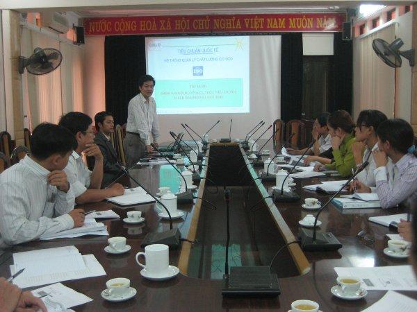 Tập huấn nhận thức HTQLCL theo TCVN ISO 9001:2008 tại UBND huyện Gia Lâm