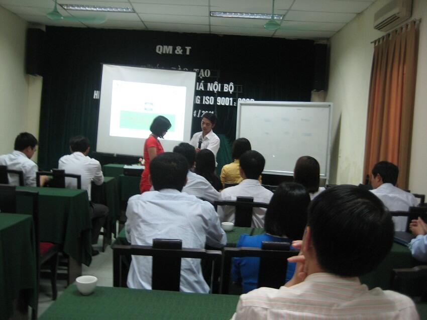Trao đổi kiến thức chuyên môn về chuyên gia ĐGNB HTQLCL ISO 9001:2008
