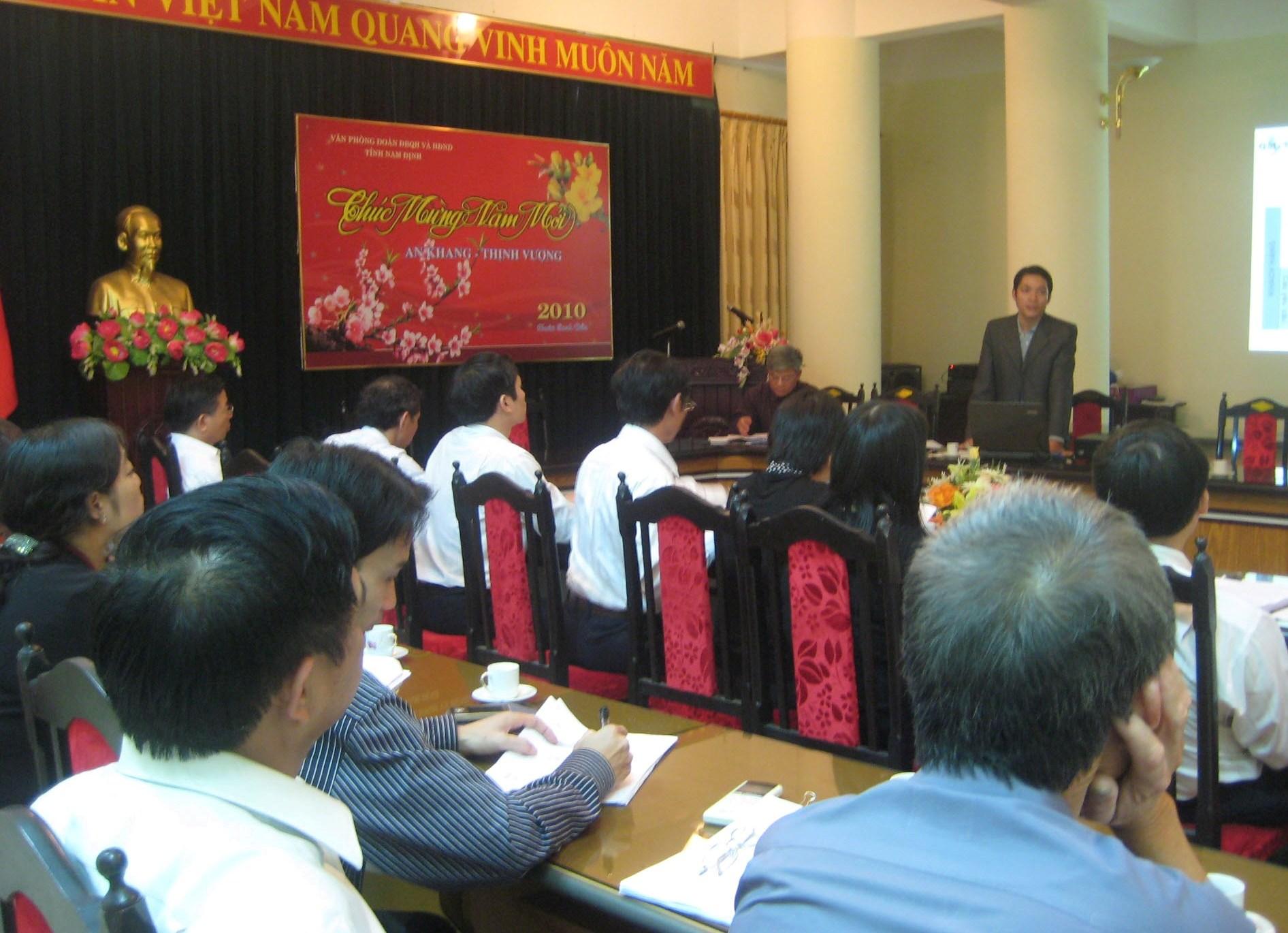 Tập huấn ĐGNB HTQLCL tại Văn phòng đoàn ĐBQH & HĐND tỉnh Nam Định