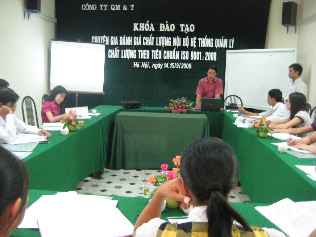 Đào tạo chuyên gia ĐGNB HTQLCL ISO 9001:2008 ngày 14&15/9/2009