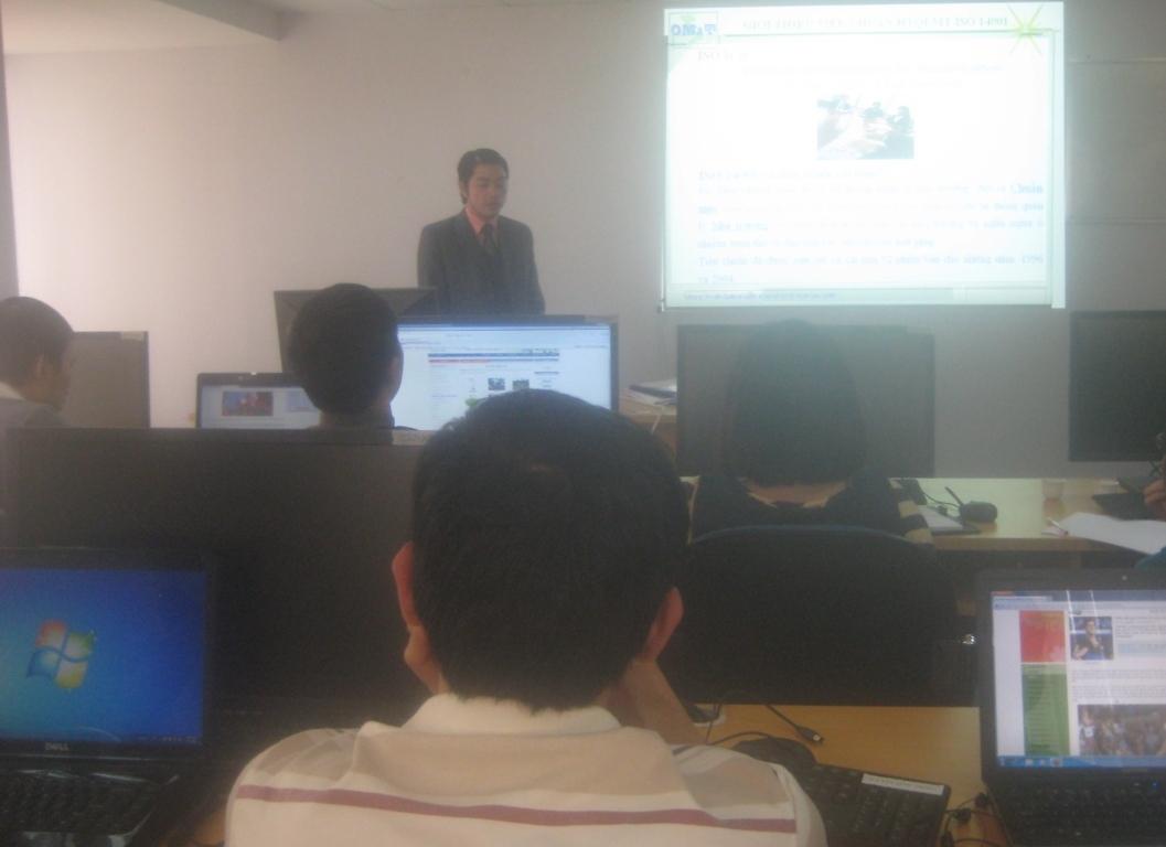 Tập huấn ĐGNB HTQLMT ISO 14001:2004 tại Cty CP Dịch vụ KTĐLDK Việt Nam